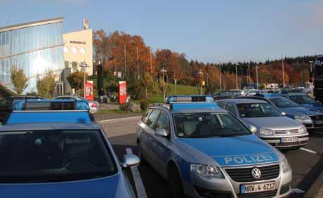 PolizeikontrolleFußballfans (3)