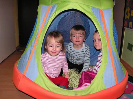 siegener projekt kits zur kindertagespflege ist. Black Bedroom Furniture Sets. Home Design Ideas