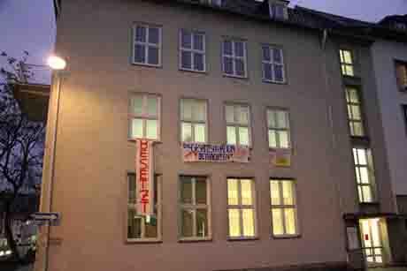 HausbesetzungSiegen1 Studenten reicht es – Protestgruppe besetzt Rektorat an der Herrenwiese