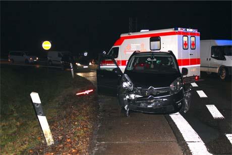 UnfallB54 2 Zwei Verletzte bei Unfall im Abfahrtsbereich Haiger Burbach
