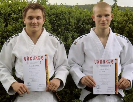 Xaver Stausberg und Steffen Gabsa haben ihre Prüfungen bestanden. Foto: Verein