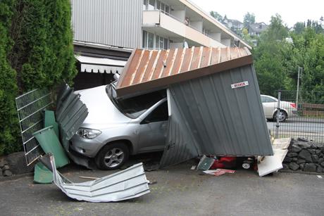 Ursache alkohol ungebremst in garage wirsiegen das for Garage gdn auto