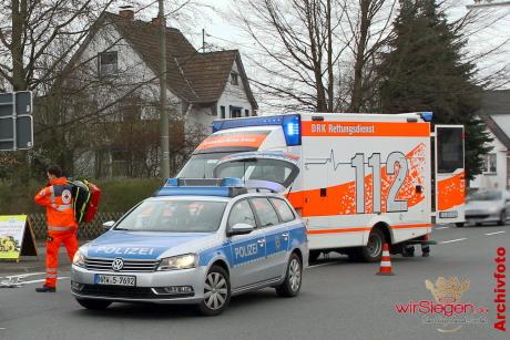 Polizeiauto + RTW 001