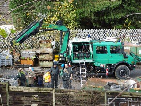 2013-11-14_Hilchenbach_Polizei-Sondereinheit_Umweltdelikt_7