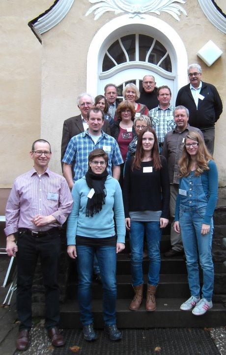 Vertreter der Dorfgemeinschaften aus Unglinghausen und Oberfischbach waren zur Dorfwerkstatt des Zentrums für ländliche Entwicklung (ZeLE) ins Tagungshaus Keppel gekommen. Foto: Kreis