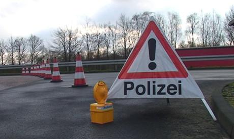 Großeinsatz der Polizei: Nicht nur im Kreis Siegen-Wittgenstein nahm man mobile Einbrecher und Buntmetalldiebe ins Visier. Fotos: Jürgen Kirsch/wirSiegen.de