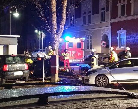 Bei einem Verkehrsunfall in der Nordstrasse ist am Dienstagmorgen eine Person verletzt worden. Leserfotos (4): Dennis Lippe