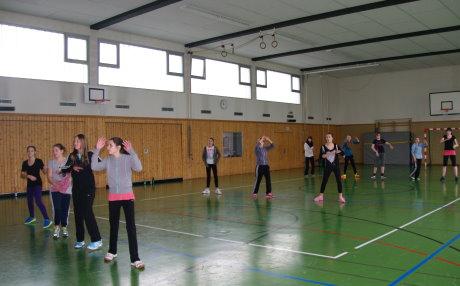 Zumba-Workshop in der Turnhalle Bad Berleburg-Berghausen. Foto: Stadt
