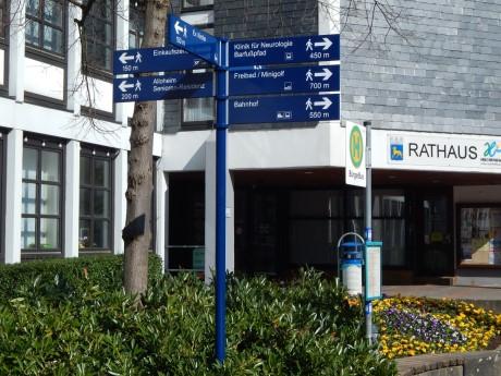 Das neue Fußgängerleitsystem in Hilchenbach. Foto: Stadt