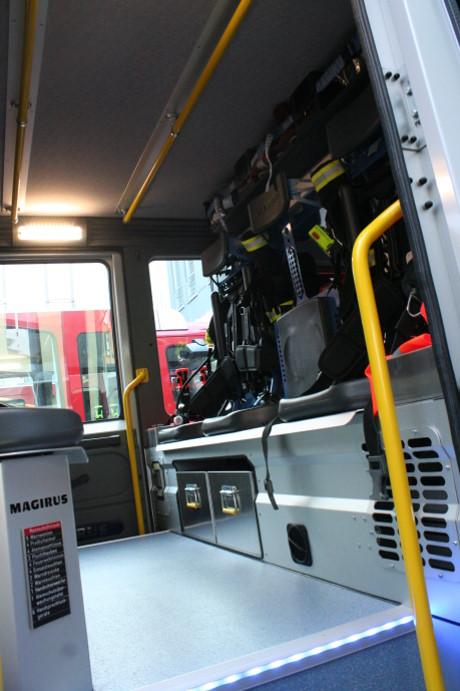 2014-04-23 Feuerwehr Fzg-Übergabe (11)