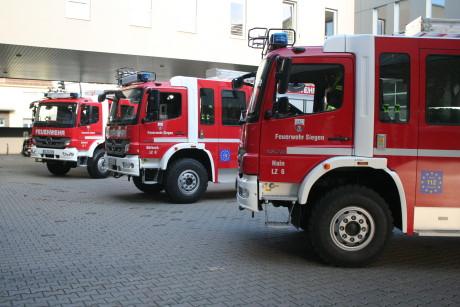 2014-04-23 Feuerwehr Fzg-Übergabe (16)