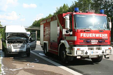 2014-05-19 PKW-Brand A 45 Siegen-Eiserfeld-Netphen02