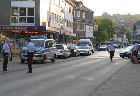 PolizeiGroßeinsatzGeisweid2