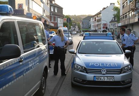 PolizeiGroßeinsatzGeisweid3
