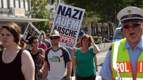 2014-07-19_Siegen_Anti-Nazi-Demo_Schade_01