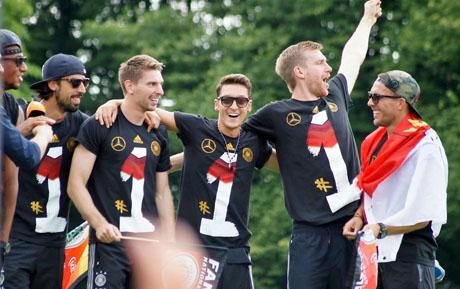 FußballWM2014FanmeileBerlin (21)