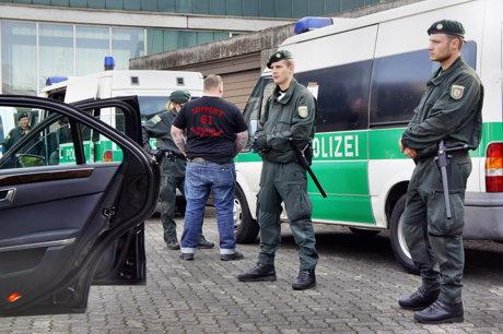 2014-08-09_Siegen_Polizeikontrollen_wegen_HellsAngels-Party_1