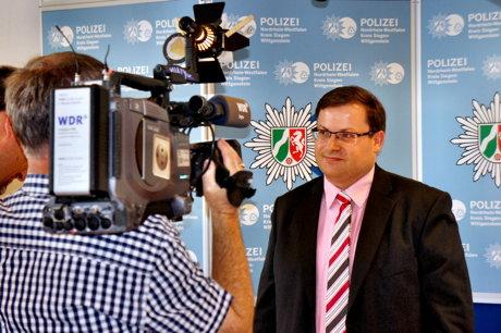 2014-08-12_Siegen_PK-Babyleichen_Staatsanwaltschaft_u_Polizei_HERCHER_05