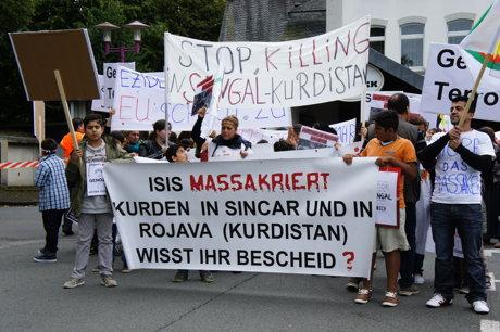 2014-08-17_Siegen-NRW_Demo_Eziden_gegen_Genozid_HERCHER_1