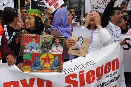 2014-08-17_Siegen-NRW_Demo_Eziden_gegen_Genozid_HERCHER_10