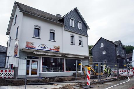 2014-08-25_Siegen-Eisern_ABC2_Gasaustritt_Baustelle_Ortsmitte_Hercher_6