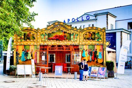 Sommerfestival-2014-Spiegelzelt_Fassade_by_Ren_Achenbach