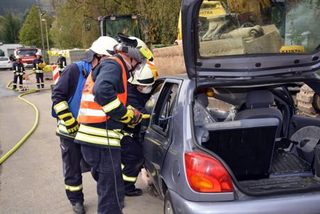 2014-09-20_Herzhausen_Uebung_Feuerwehr_Foto_Schade_04