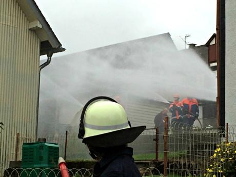 2014-19-20_Burbach-Lippe_Grossuebung_Jugendfeuerwehr_Foto_Feuerwehr_01