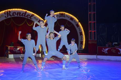 Zirkus Rondel36