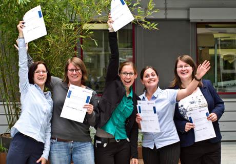 Das Siegerteam beim Leibniz Young Polymer Scientist Forum 2014 in Aachen mit Katrin-Stephanie Tücking (Zweite von links). Foto: Uni
