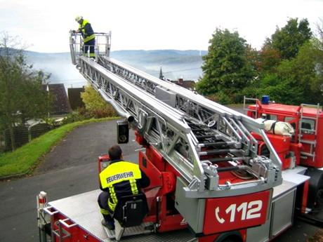 2014-10-02_Neunkirchen_Feuerwehruebung_Grundschule_Salchendorf_Foto_Gemeinde_Neunkirchen_02
