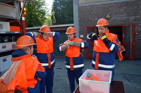 2014-10-05_Freudenberg_Abschlussübung der Feuerwehr Freudenberg_Foto_Schade_01