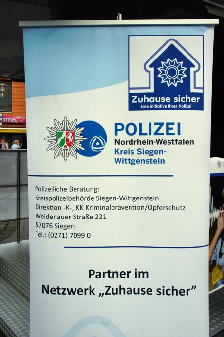 2014-10-20_Siegen_Polizei_Aktionswoche_Einbruchschutz_Foto_Hercher_2