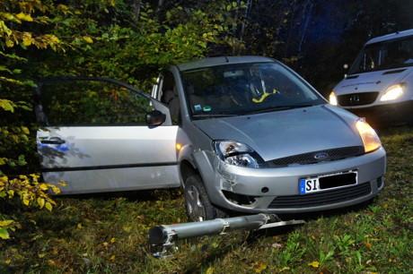 2014-10-20_VUP_Neunkirchen-Salchendorf_Pkw_gegen_Lkw_Foto_Hercher_2