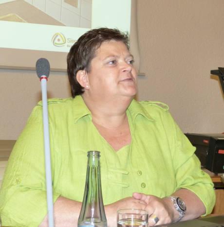 Referentin Ute Heyde informierte über das Förderprogramm des Landes NRW. Foto: Stadt