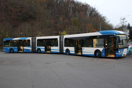2014-11-14_Siegen_VWS_Doppelgelenkzug_Der Doppelgelenkbus wird auf Siegens Straßen getestet_Foto_VWS