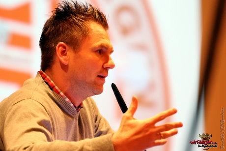 Trainer Michael Boris baut mittelfristig auf ein verändertes Jugendkonzept.
