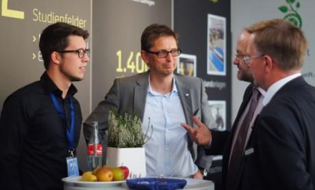 Zum 17. Mal findet am kommenden Mittwoch, den 5. November 2014, die Hochschulkontaktmesse an der Universität Siegen statt. Fotos: VWI