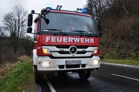 2014-12-10_Eckmannshausen_L728_VUP_Pkw_ueberschlagen_betrunken_Foto_Hercher_2