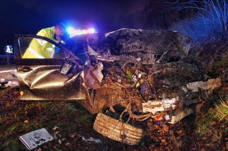 2014-12-26_Siegen_A45_VU_Pkw_überschlagen_3Verletzte_Foto_Hercher_7