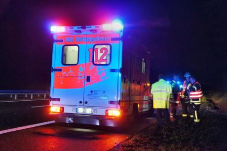 2014-12-26_Siegen_A45_VU_Pkw_überschlagen_3Verletzte_Foto_Hercher_9