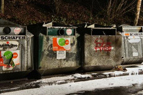 2015-01-28_Siegen-Eiserfeld_Freibad_Brand_Papiercontainer_Foto_Hercher_2