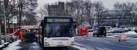 2015-01-29_Siegen-Weidenau_ABC2_Kraftstoff_aus_Bus_gelaufen_Foto_MGross_1