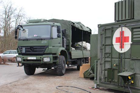 2015-02-11_Siegen_Bundeswehr_OP-Container_DRK-Kinderklinik_Foto_mg_03