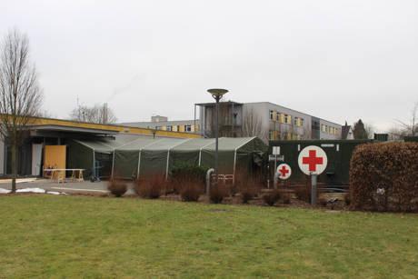 2015-02-11_Siegen_Bundeswehr_OP-Container_DRK-Kinderklinik_Foto_mg_07