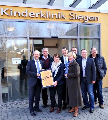 2015-02-24_Siegen_CDU_Spende_Kinderklinik_Foto_privat