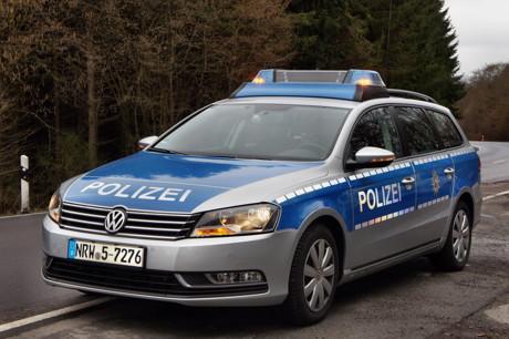 2015-03-22_Archiv_Polizei_Blaulicht_Polizeiauto_Foto_Hercher