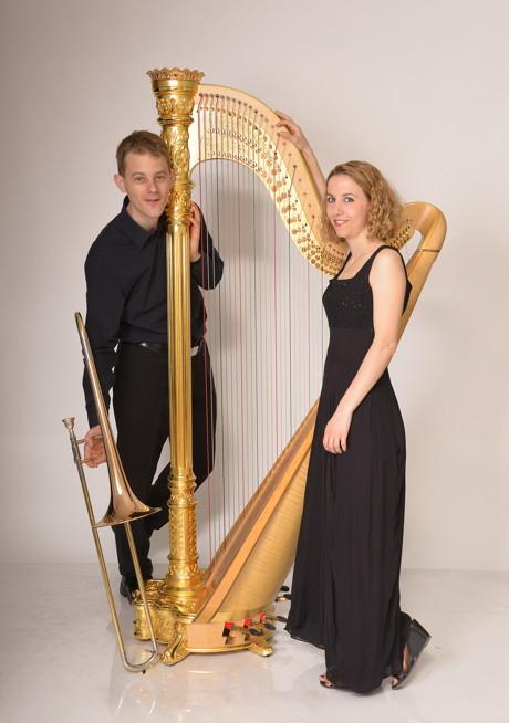 2007 begannen Jaulmes und Nassauer mit der reizvollen Instrumentenkombination Harfe und Posaune gemeinsam aufzutreten. Matthias Nassauer wird den besonderen Abend fundiert und gleichsam unterhaltsam moderieren. (Foto: Veranstalter)