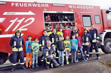 2015-03-23_Wilnsdorf_Grundschule_FeuerwehrAG_OGS_Abschlussuebung_Foto_Hercher_01
