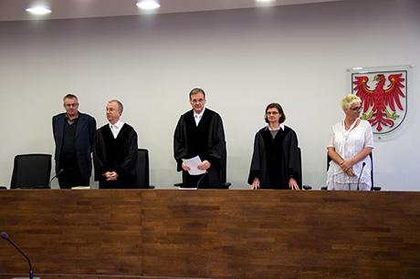 Symbolfoto Richter im Gericht